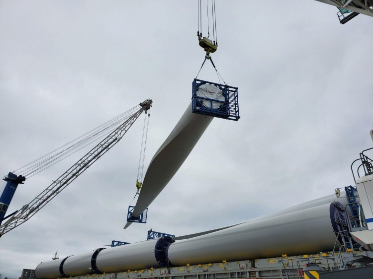 Project Cargo inspection - Wind Turbine blades, Discharge inspection